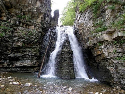 Бухтівецький водопад